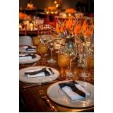 aluguel de utensílios decorativos para mesa de jantar romântico Alto de Pinheiros