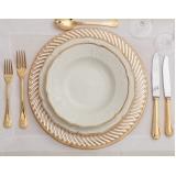 onde encontro utensílios para mesa de jantar romântico ABC