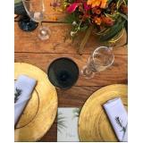 sousplat rústico para jantar de casamento preço Parque Anhembi