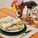 utensílios de mesa para jantar em família Aeroporto