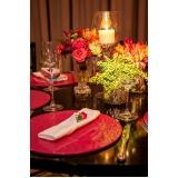 utensílios para mesa de jantar temático